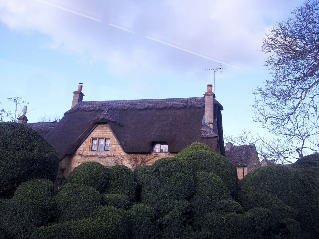 Thatched roofs @ Broad Campden